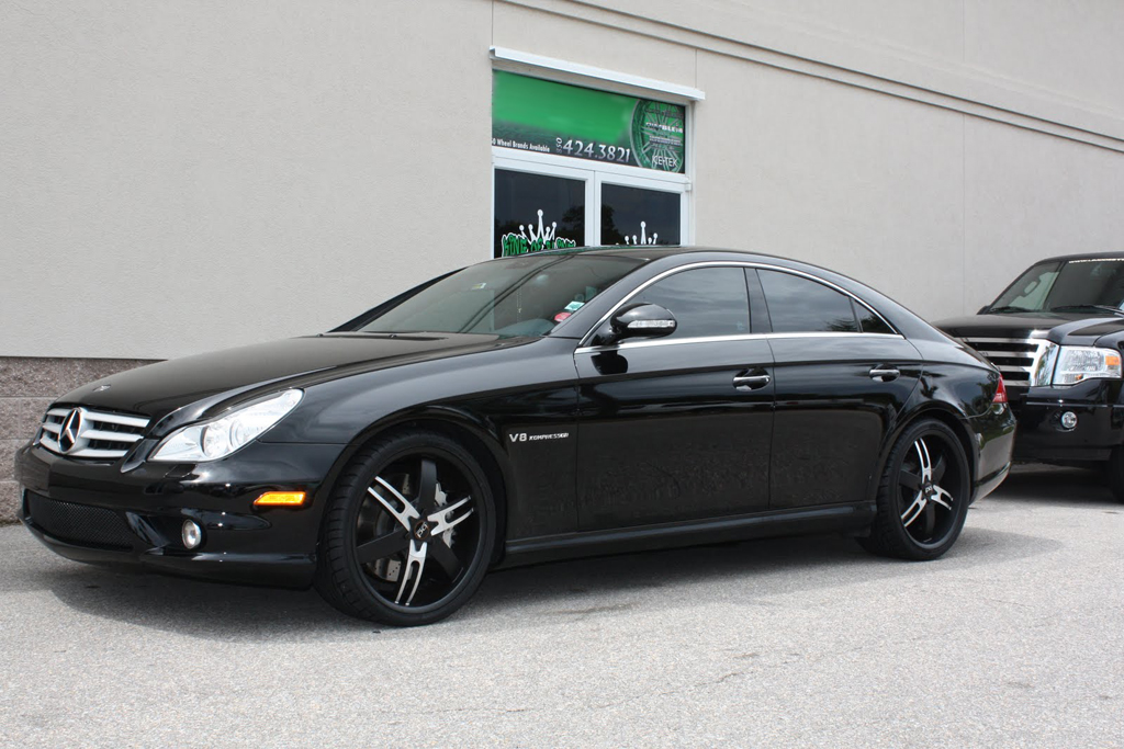 Black Cls 550 With 20 Quot Blaque Diamond Tight Wheels